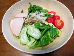 朝のサラダ.JPG